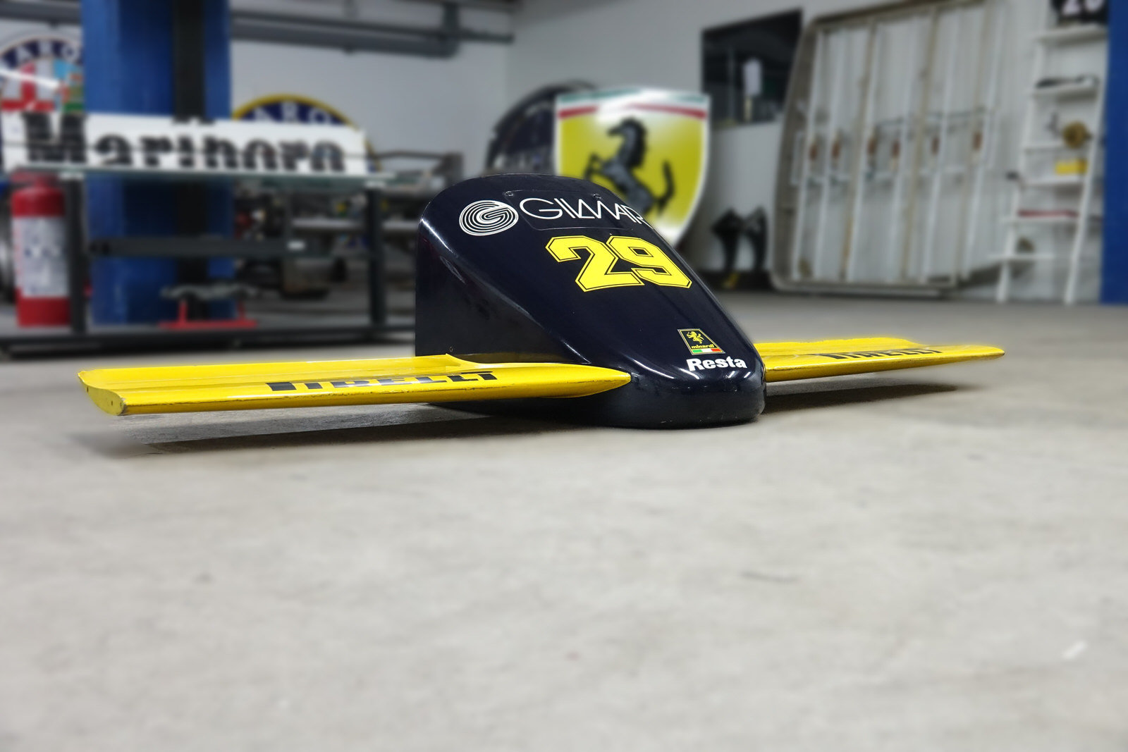 1985 Minardi M185 F1 Front Nose For Sale (picture 7 of 8)