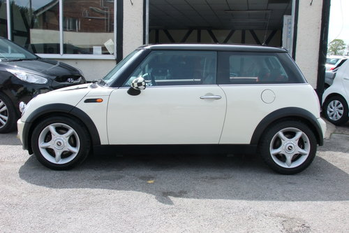 2003 MINI HATCH 1.6 COOPER 3DR SOLD (picture 2 of 6)