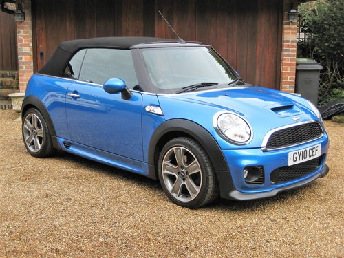 2010 Mini Cooper S Convertible With JCW Bodykit+17 For Sale (picture 1 of 6)