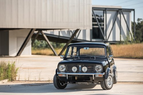Lhd 1972 Mini 1275 GT – Fully Restored to Mint Condition! SOLD (picture 1 of 6)