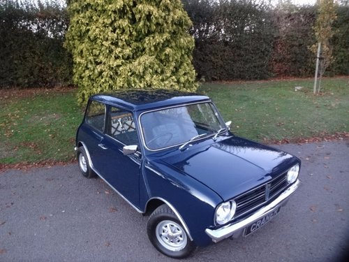 Mini clubman 1970 SOLD (picture 1 of 6)