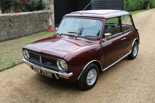 1970 Clubman 1275GT In Wonderful Condition (Wood & Pickett) SOLD (picture 2 of 6)