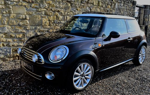 2010 Mini Cooper D Mayfair *SOLD* SOLD (picture 1 of 6)