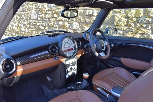 2010 Mini Cooper D Mayfair *SOLD* SOLD (picture 5 of 6)