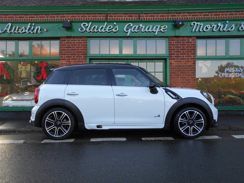 2014 Mini Countryman Cooper Diesel ALL-4 Automatic JCW   SOLD (picture 1 of 6)