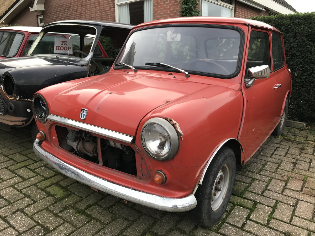 Classic MINI 850 Leyland 1975 For Sale (picture 1 of 6)
