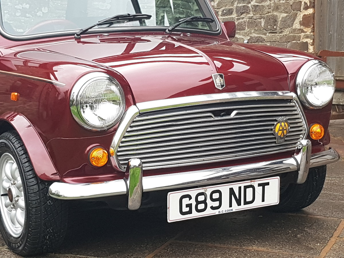 1989 Stunning Mini 30 LE On Just 2510 Miles In 30 Years!! SOLD (picture 2 of 6)