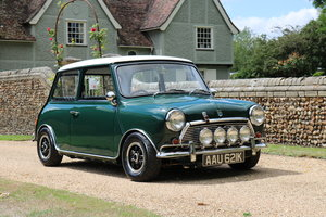 Austin Mini (1971) Concourse Show Winner For Sale