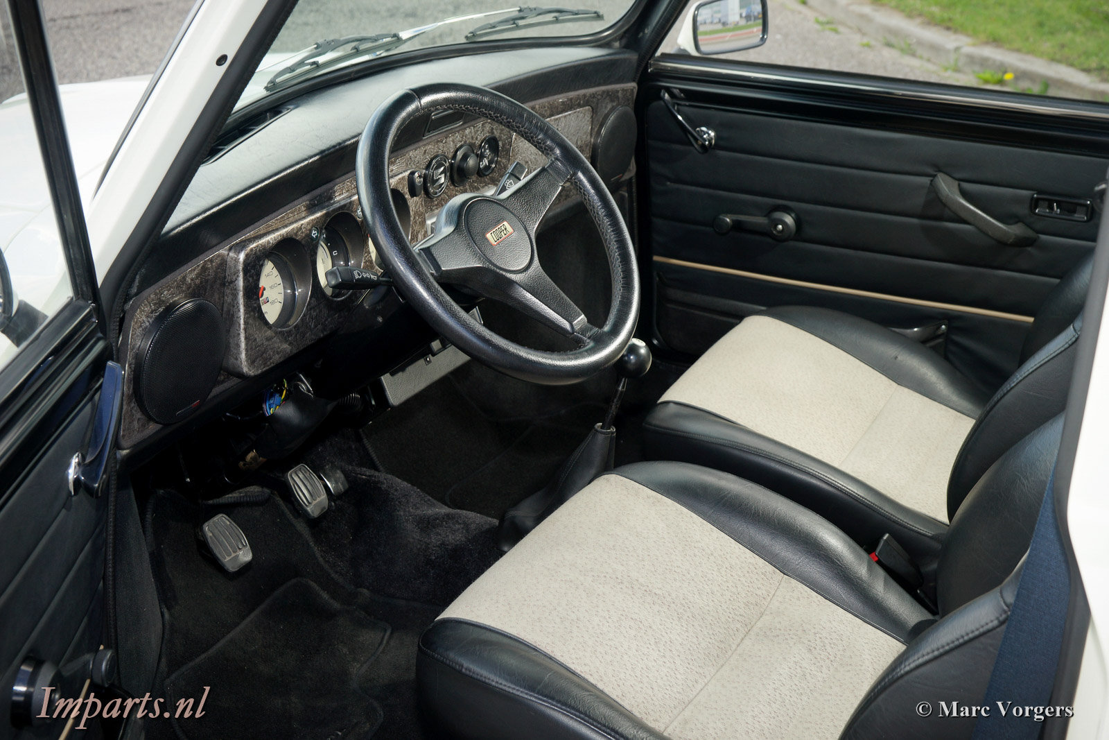 1985 Classic Mini Cooper 1275 Outlaw LHD For Sale (picture 3 of 6)