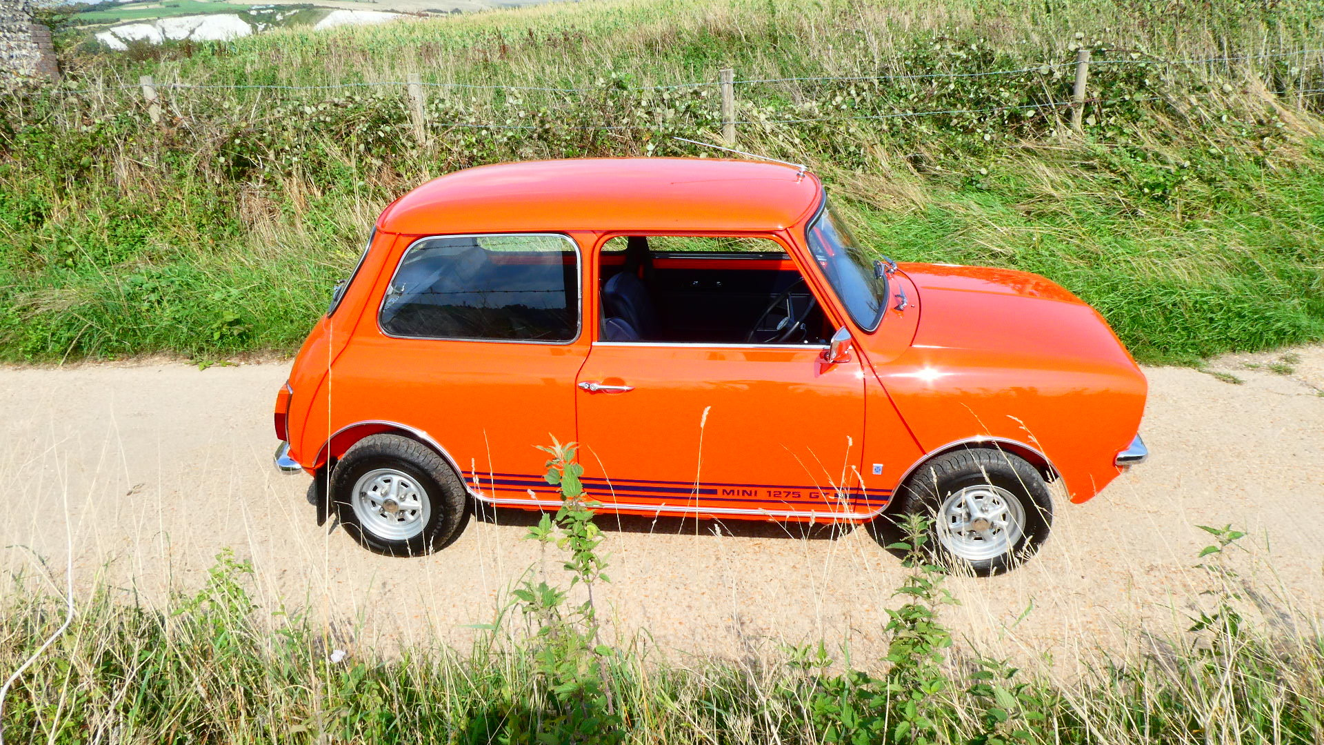 1973 Morris Mini 1275GT  SOLD (picture 2 of 6)
