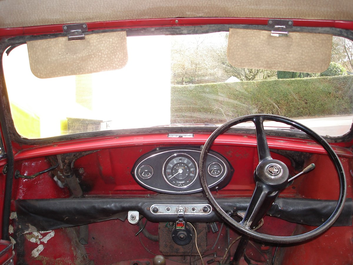1962 Mark 1 Mini for restoration SOLD (picture 3 of 6)