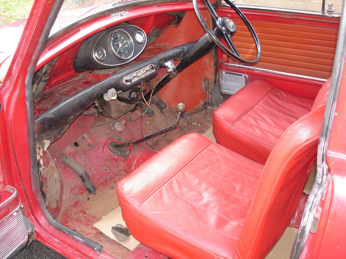 1962 Mark 1 Mini for restoration SOLD (picture 4 of 6)