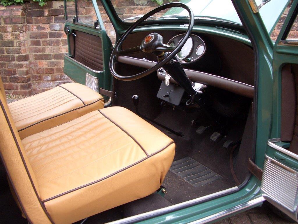 1964 Morris Mini Super De-Luxe SOLD (picture 2 of 6)