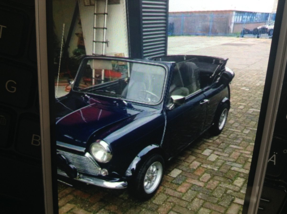 1979 Beautifull mini convertible For Sale (picture 2 of 5)