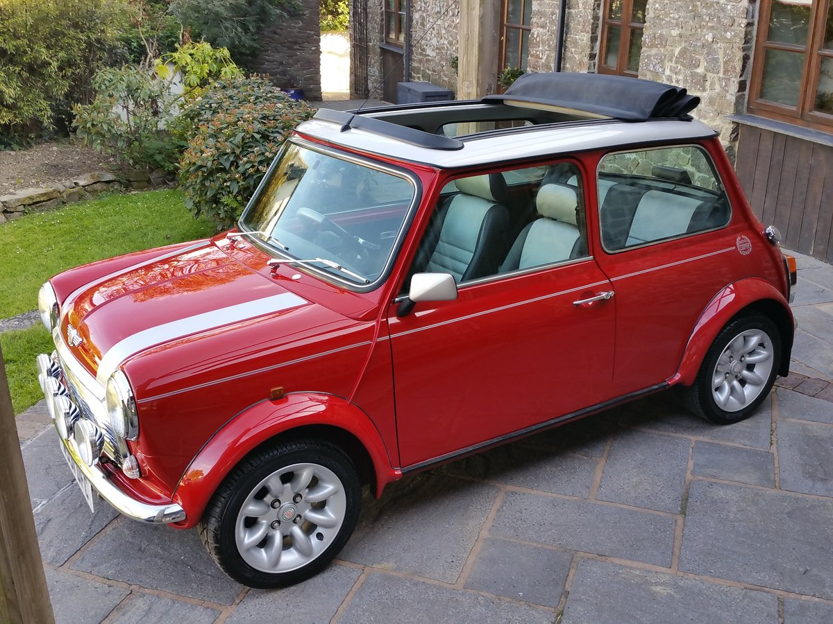 2000 Stunning Mini Cooper Sport On Just 10700 Miles From New SOLD (picture 2 of 6)