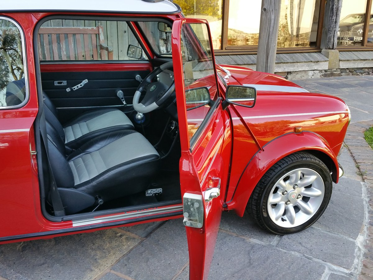 2000 Stunning Mini Cooper Sport On Just 10700 Miles From New SOLD (picture 4 of 6)