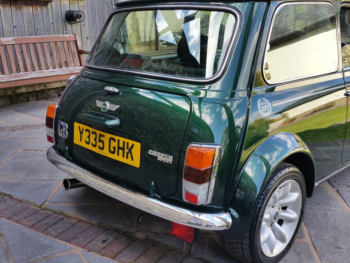 2001 Immaculate British Racing Green Mini Cooper Sport SOLD (picture 3 of 6)
