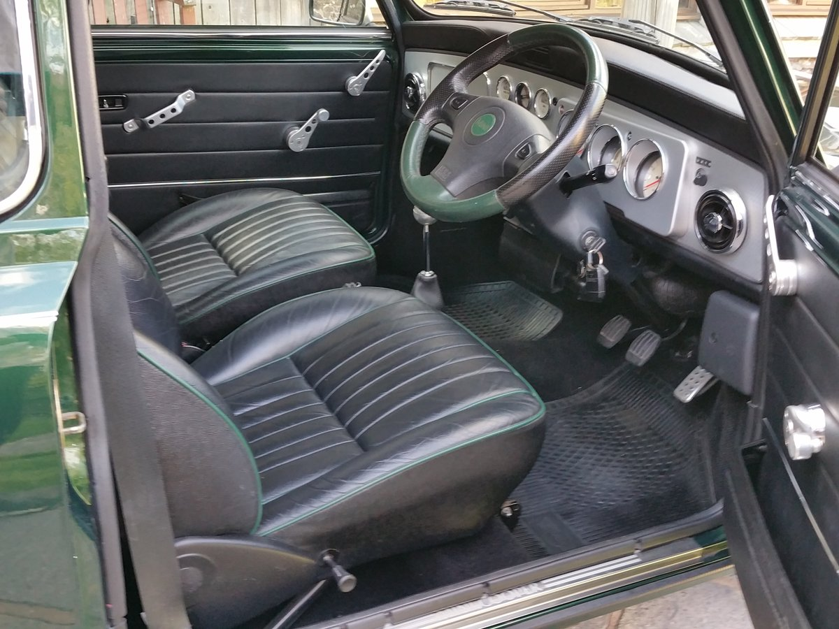 2001 Immaculate British Racing Green Mini Cooper Sport SOLD (picture 5 of 6)