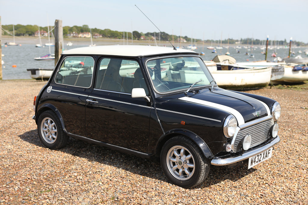 Mini Cooper Classic Year 2000 For Sale (picture 1 of 6)
