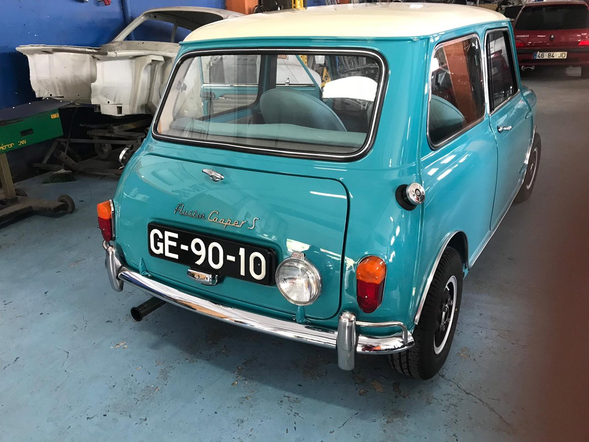 1965 Austin Mini Cooper S  (Matching Numbers) For Sale (picture 2 of 6)
