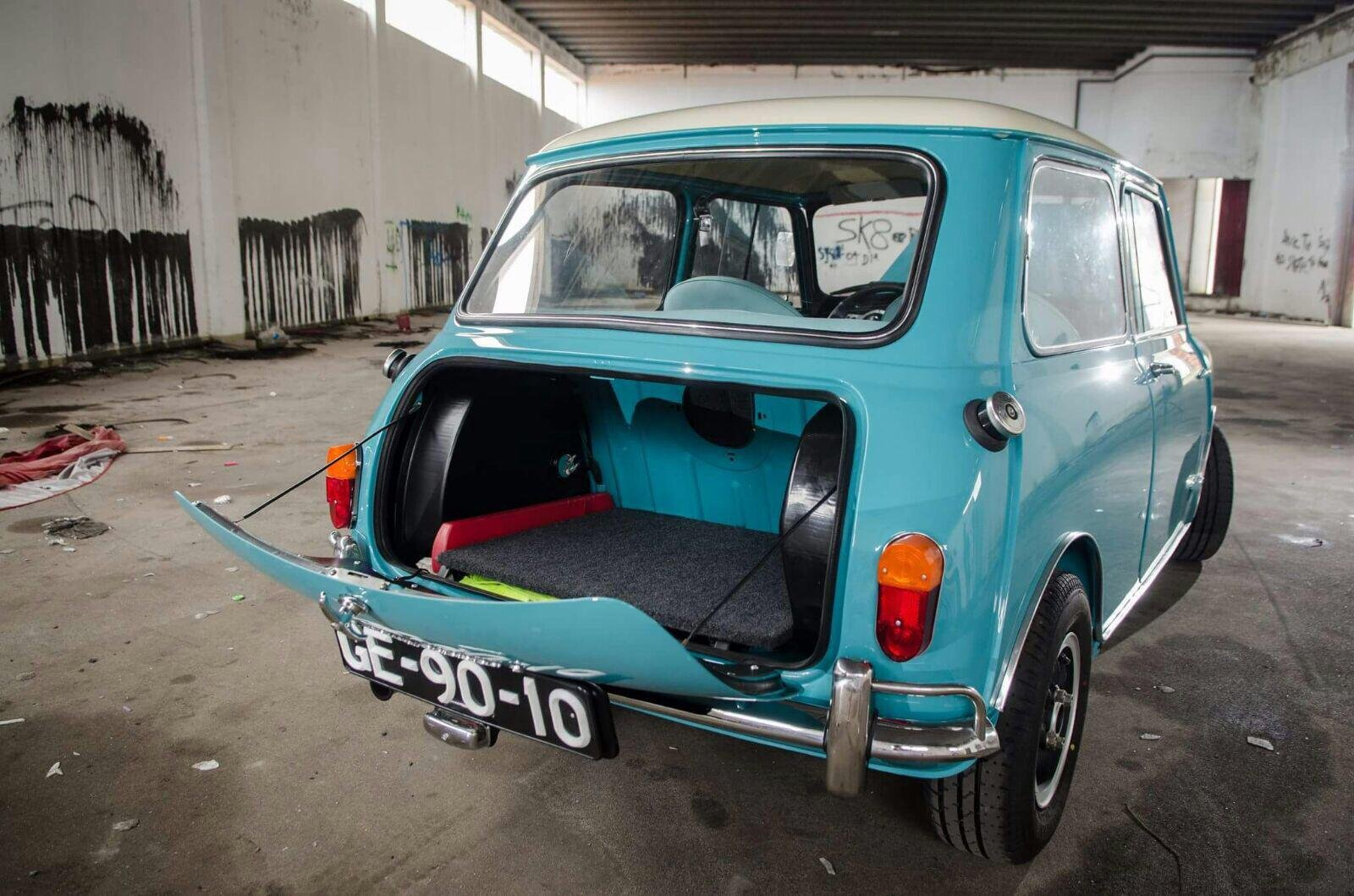 1965 Austin Mini Cooper S  ( Matching Numbers ) For Sale (picture 3 of 6)