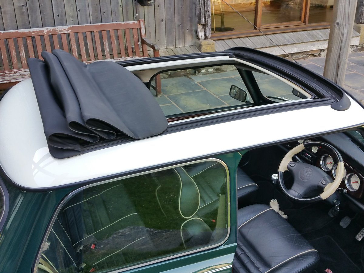 1996 Lovely Mini Cooper Sport With Factory Fit Electric Sunroof SOLD (picture 3 of 6)