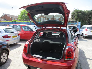 2015 5 DOOR MINI COOPER  6 SPEED PETROL SUPER DRIVE JUST 15,200  For Sale