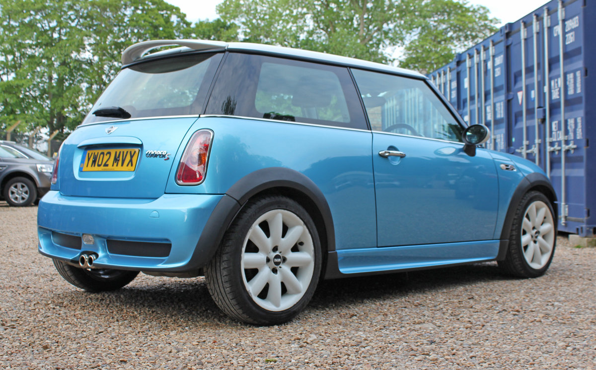 Mini Cooper S 2002 (early example, fsh, full spec) For Sale (picture 2 of 6)