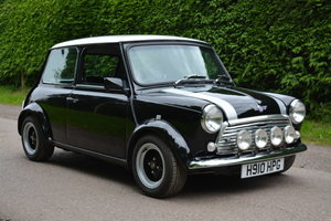 3500 Mini Mayfair For Sale by Auction