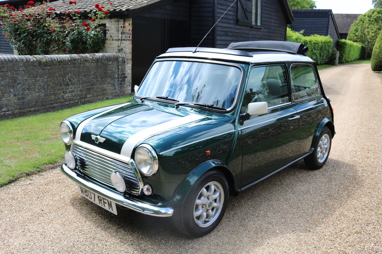 2000 Cooper Classic Low Miles (Full Length Electric Sun Roof)  For Sale (picture 2 of 6)