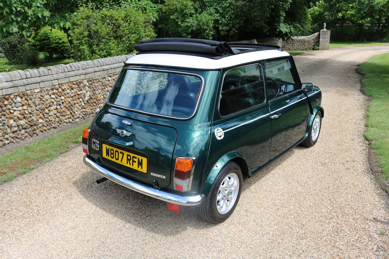2000 Cooper Classic Low Miles (Full Length Electric Sun Roof)  For Sale (picture 4 of 6)