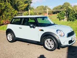 2013 MINI One In Ice Blue with LOW MILES Cruise Control Full For Sale