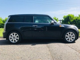 2007 57 MINI CooperClubman Automatic in Black Panoramic roof For Sale (picture 1 of 6)