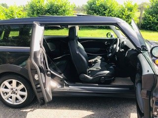 2007 57 MINI CooperClubman Automatic in Black Panoramic roof For Sale (picture 5 of 6)