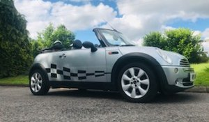 Picture of 2004/54 MINI One Convertible in Pure Silver_Half Leather SOLD