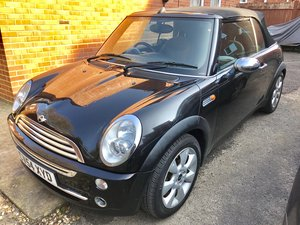 2004 mini convertible For Sale