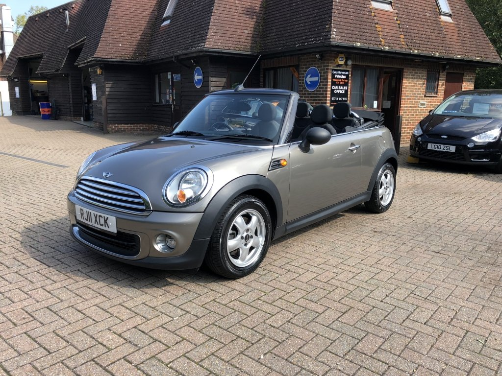 2011 (11) Mini 1.6 One Convertible For Sale (picture 2 of 6)