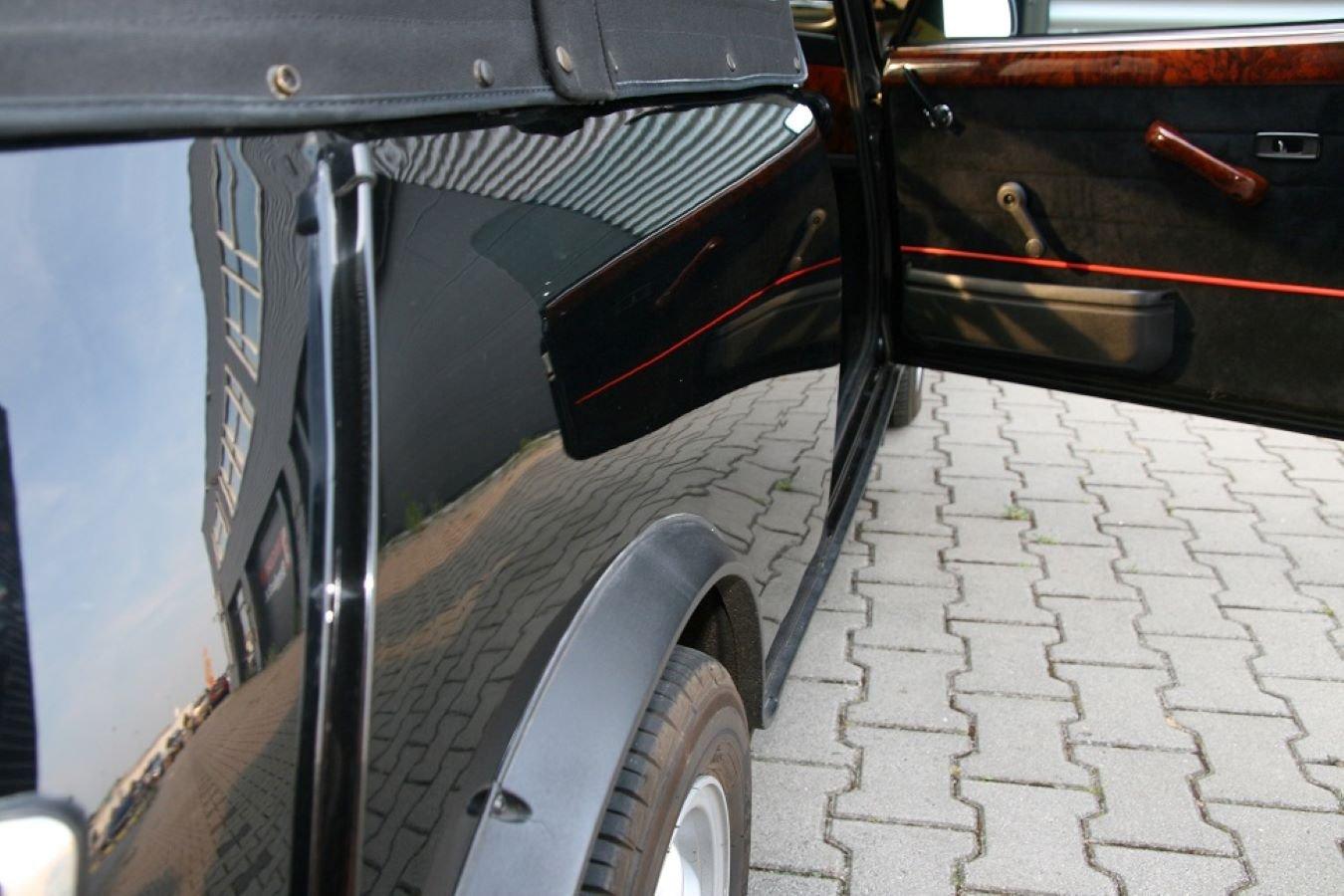 1988 Austin Mini Jet Black Cabrioni For Sale (picture 5 of 6)