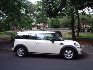 2011 MINI CLUBMAN ONE in Pepper White For Sale