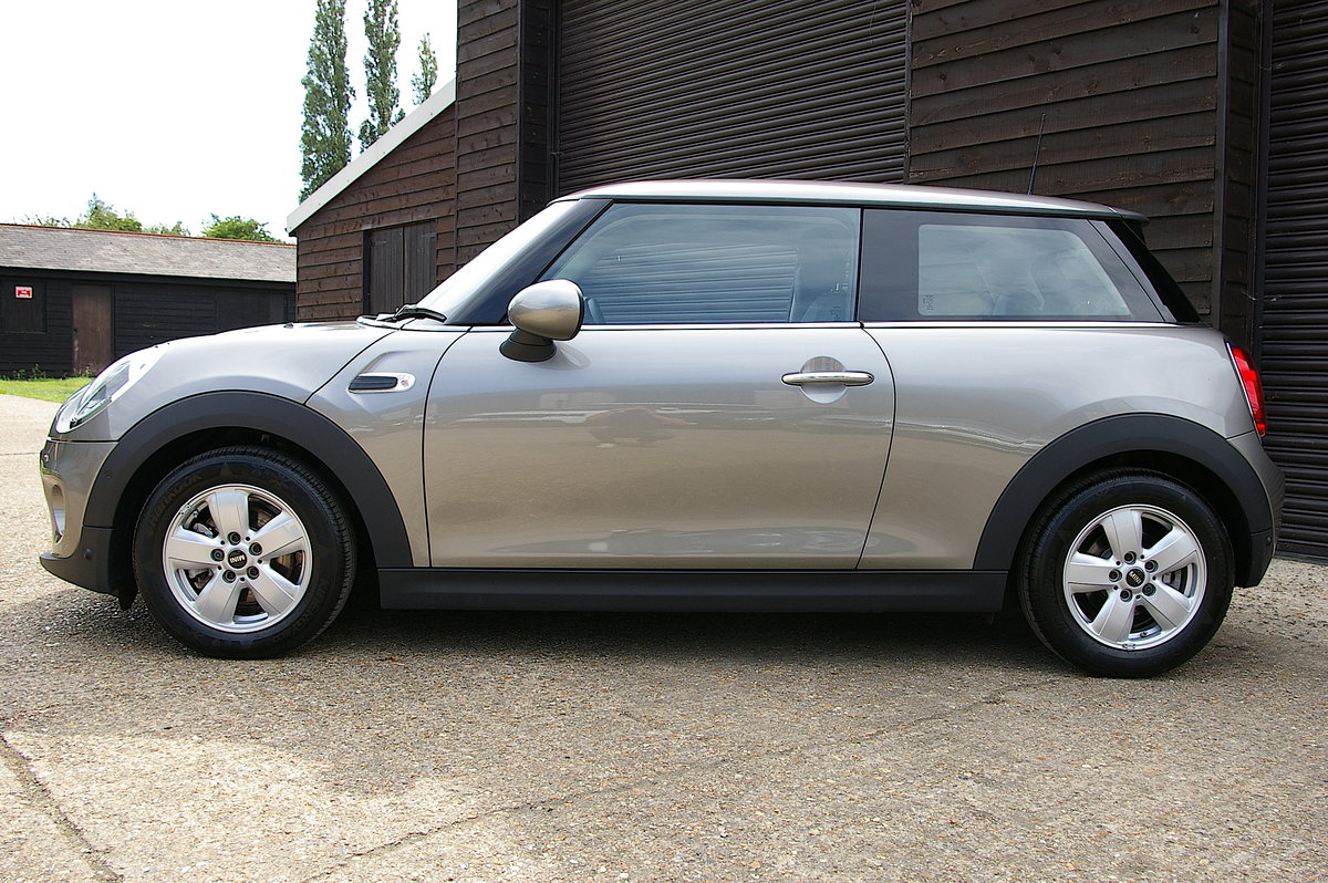 2017 Mini One 1.2i Petrol Auto 3DR Hatchback (700 miles) SOLD (picture 2 of 6)