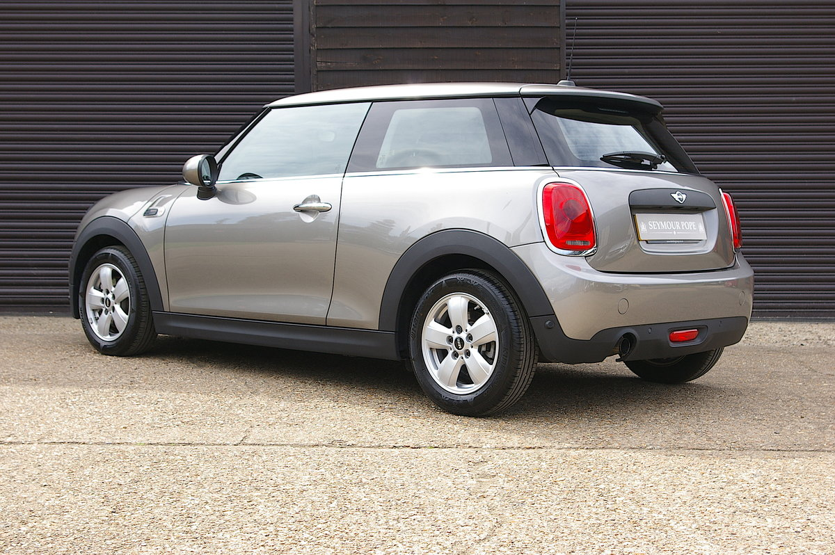 2017 Mini One 1.2i Petrol Auto 3DR Hatchback (700 miles) SOLD (picture 3 of 6)