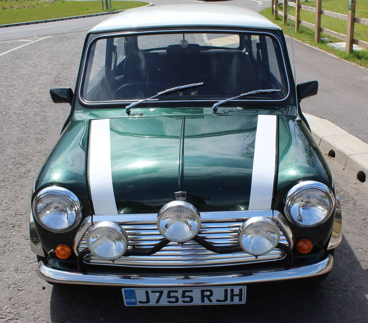 1991 Mini Cooper 1275 cc Normally Aspirated 82,000 Miles For Sale (picture 2 of 6)