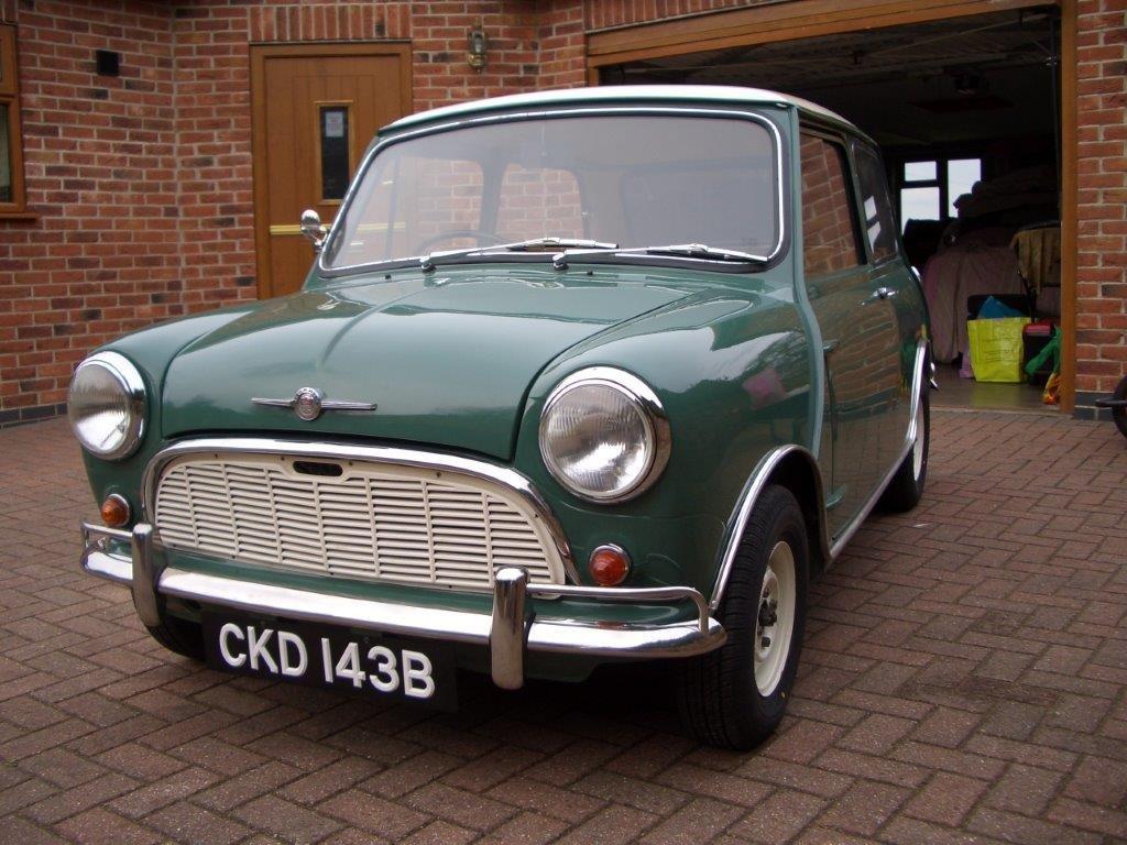 1964 Morris Mini Super De-Luxe SOLD (picture 5 of 6)
