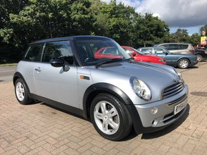 2004 (54) Mini 1.6 Cooper Hatchback For Sale