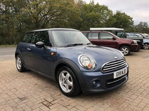 2011 (11) Mini 1.6 Cooper Hatchback | ONE OWNER For Sale