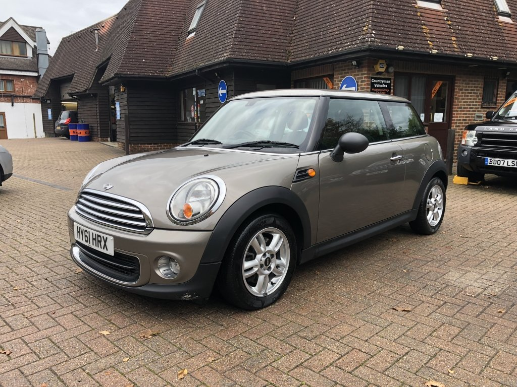 2011 (61) Mini 1.6 One Avenue Hatchback For Sale (picture 2 of 6)