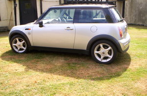 2003 Mini 1 lady owner 3000 like new