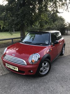 2007 MINI COOPER BMW * ONE OWNER * ONLY 11000 MILES FROM NEW *