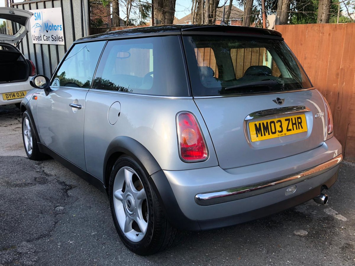 2003 Mini Cooper 1.6 - 2 Lady Owners - Panoramic Roof For Sale (picture 2 of 6)