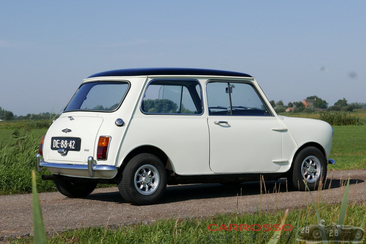 1968 Mini Cooper S MK2 with Matching numbers For Sale (picture 2 of 6)